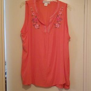 Embroidered Rose dar peach sleeveless summer tunic